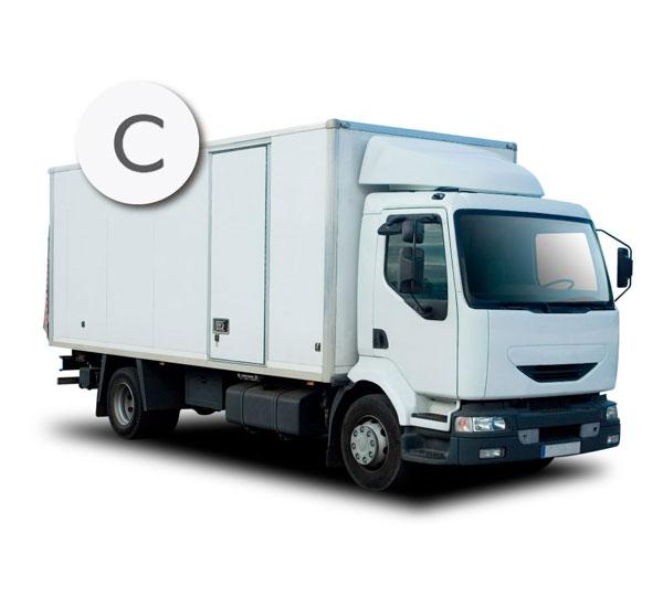 Con el permiso de conducir de la clase C se pueden conducir camiones y vehículos destinados al transporte de mercancías