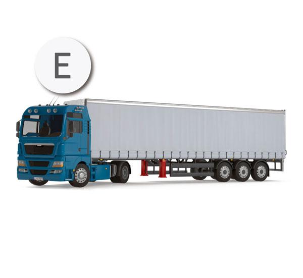 Con el permiso de conducir de la clase E se pueden conducir cualquier remolque y vehículos articulados (trailer)
